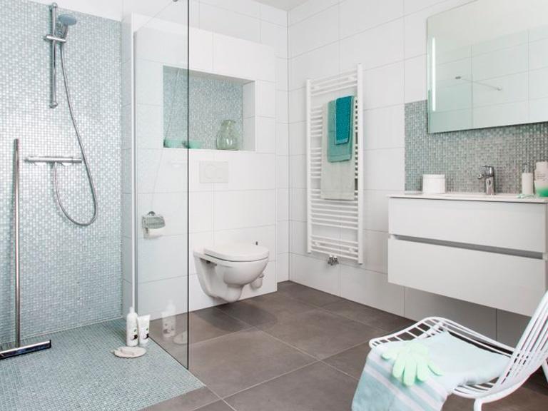 In 8 stappen naar een nieuwe badkamer