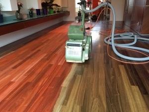 Onderhoud en renovatie aan uw parketvloer!